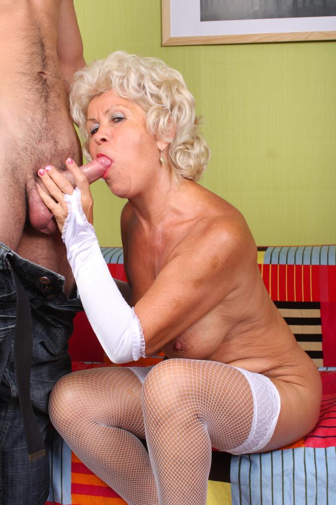 sexy Granny porno tube