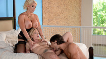 Super hot Alura Jenson gets her asshole hammered by Jeans massive cock