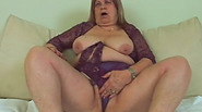 Plump granny to fuck for long time open vagina again