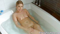Masturbating blonde toys herself