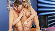 Markus Dupree pounds Britney Ambers anal while licking her tits