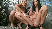These two fucking hot chicks get together in a filthy alley...