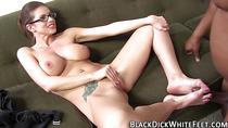 Babe gives fetish footjob
