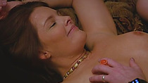 Swinger wife gets her pussy played with by other swingers