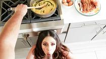 Breakfast blowjob with the best MILF Ariella Ferrera